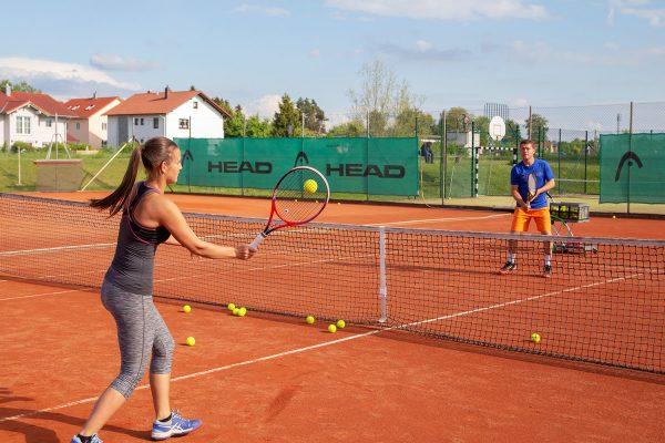 Einzel- und Gruppenunterricht | Tennisschule Raimund Knogler